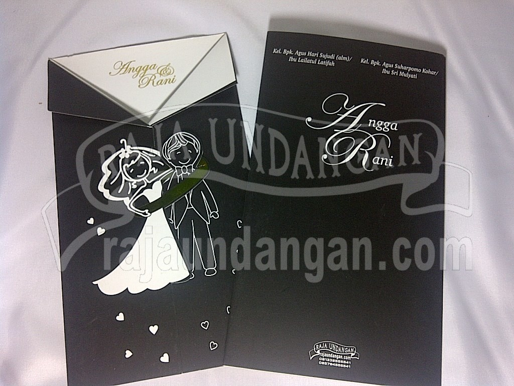 Undangan Softcover Model Jas Angga dan Rani (EDC 102)