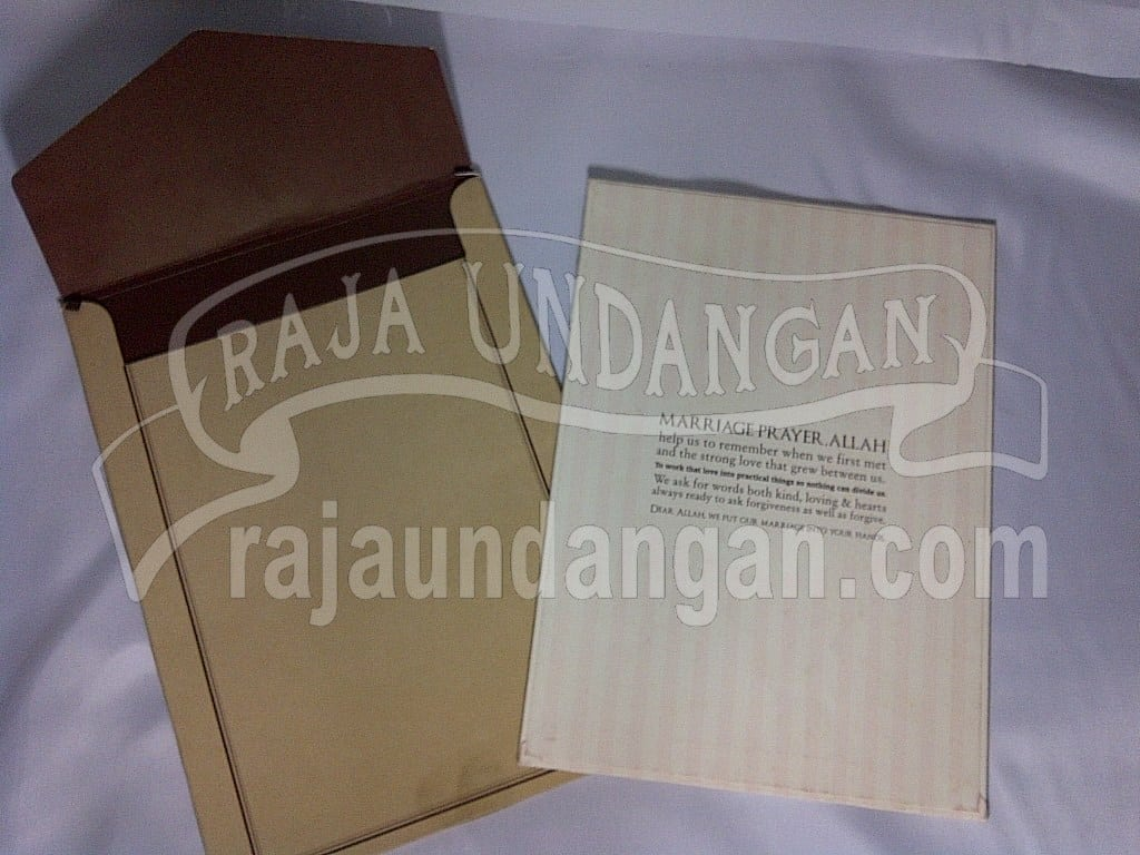 IMG 20150808 01054 - Membuat Wedding Invitations Unik dan Simple di Sawahan
