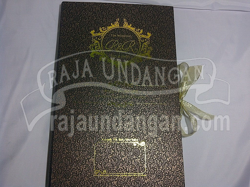 IMG 20150809 01109 - Percetakan Wedding Invitations Unik dan Eksklusif di Tandes